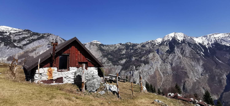 Planina Srednica (Spodnje parkirišče) - Planina Lašca - glavna slika